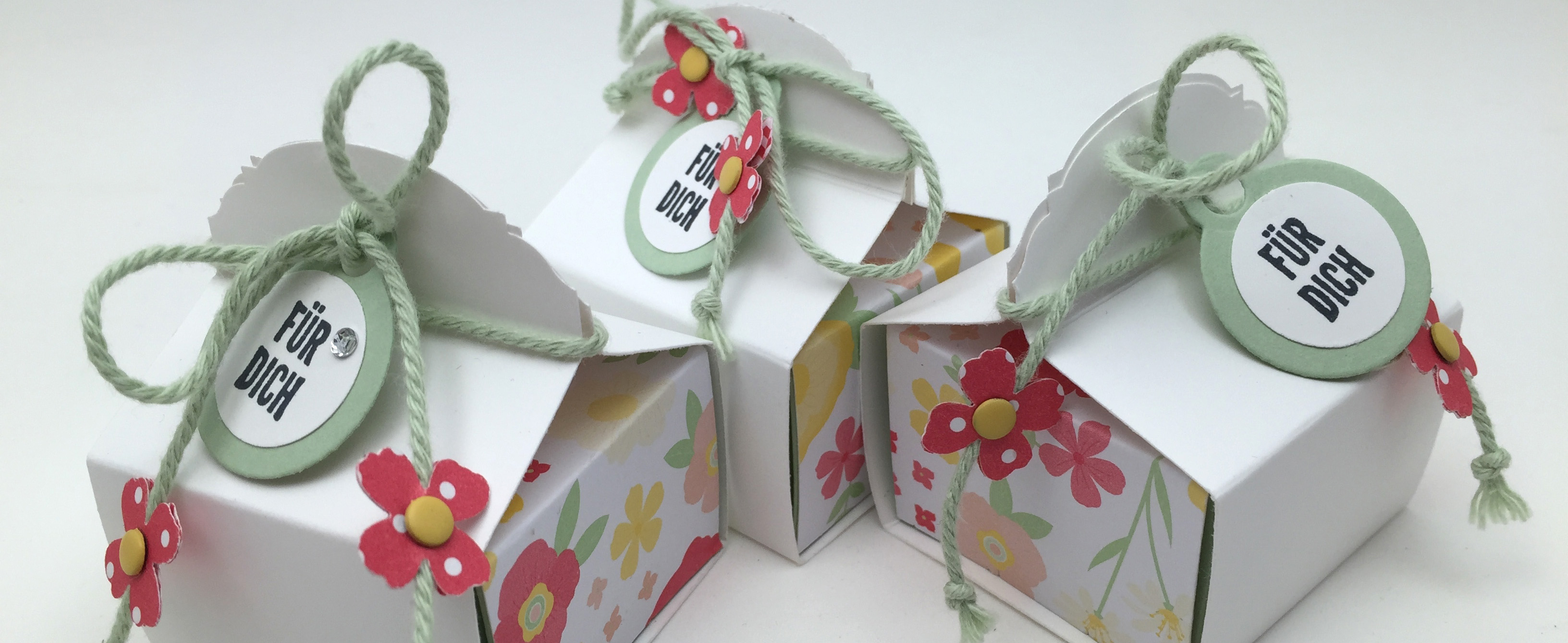 Stampin Up-Stempelherz-Videoanleitung-Verpackung-Box-Schachtel-Mini-Pralinenschachtel-Pralinenbox-Honigsuesse Gruesse-Mini-Pralinenschachteln 06