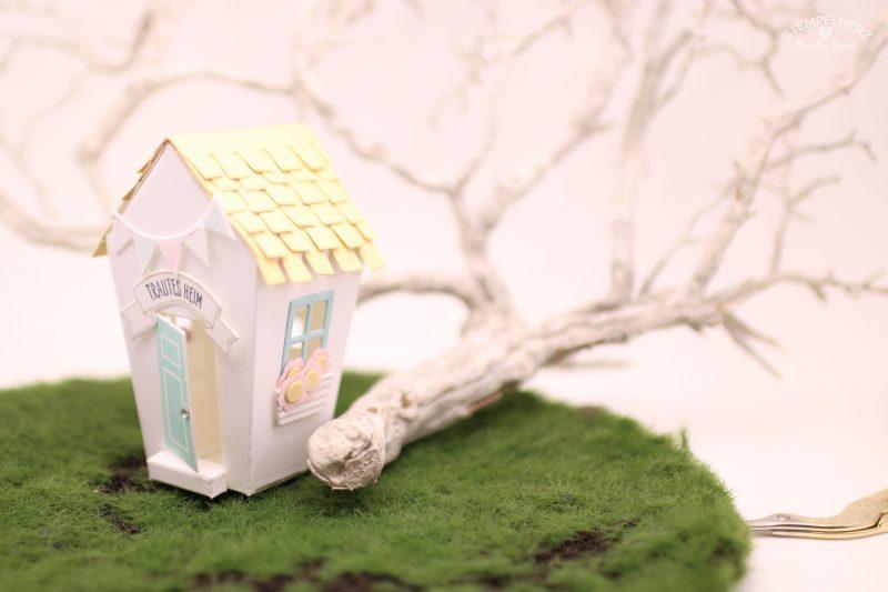 Inspiration-&-Art-Blog-Hop-Verpackung-Box-Haus-Stempelset-Ein-Haus-fuer-alle-Faelle-Home-sweet-Home-I&A-Lieblingsartikel-03