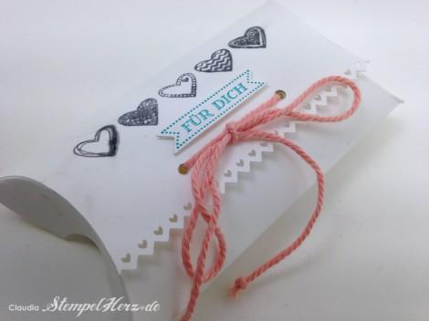 Stampin Up - Stempelherz - Pillowbox - Verpackung - Famose Faehnchen - Framelits Famose Faehnchen - Language of Love - Pillowbox Fuer dich 03
