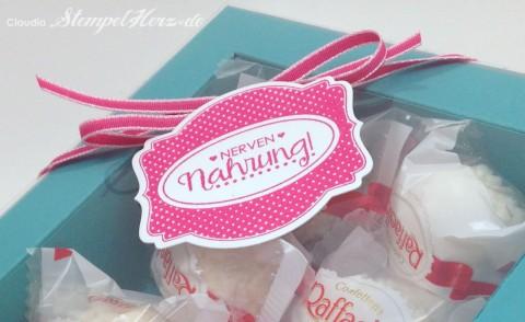 Stampin Up - Stempelherz - Verpackung - Box - Schachtel - Nervennahrung - Geschenk - Ach du meine Gruesse - Framelits Etikett Kunst - Verpackung Nervennahrung 06