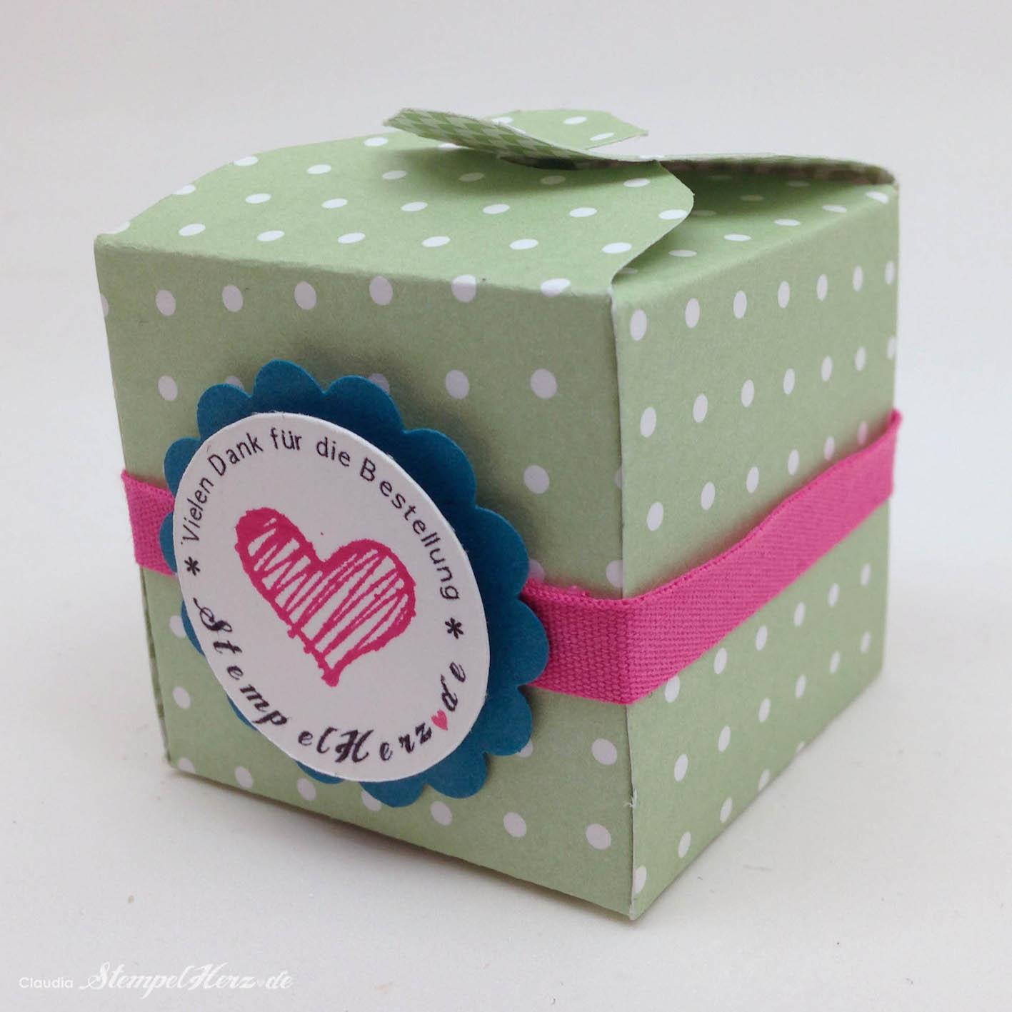 Eine kleine Box mit dem Envelope-Punchboard