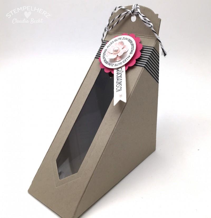 Stampin Up-Stempelherz-Sandwichbox-Verpackung-Box-Famose Faehnchen-Pictogram Punches-Petite Petals-Ein Gruß fuer alle Faelle-Sandwichbox Alles Gute zum Geburtstag Glueckwunsch 01