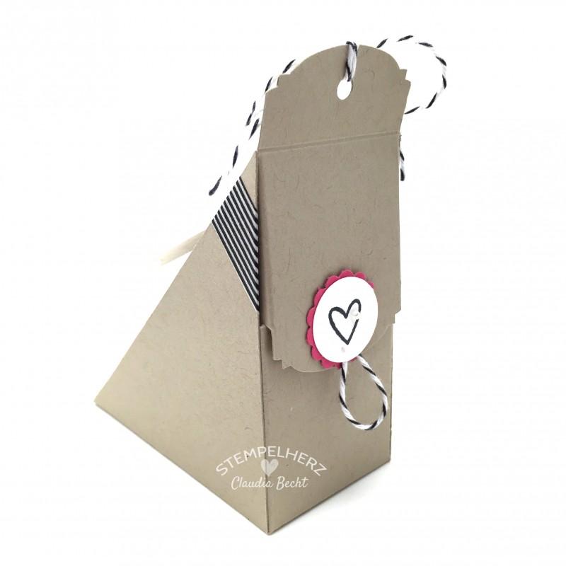 Stampin Up-Stempelherz-Sandwichbox-Verpackung-Box-Famose Faehnchen-Pictogram Punches-Petite Petals-Ein Gruß fuer alle Faelle-Sandwichbox Alles Gute zum Geburtstag Glueckwunsch 05