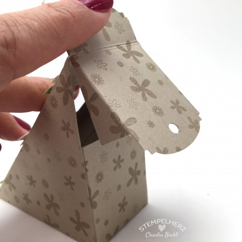 Stampin Up-Stempelherz-Sandwichbox-Verpackung-Box-Famose Faehnchen-Pictogram Punches-Petite Petals-Sandwichbox Danke 06