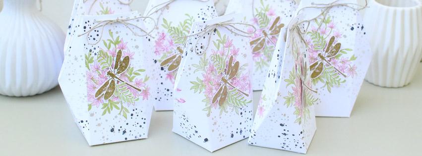Süße Verpackung mit Libelle