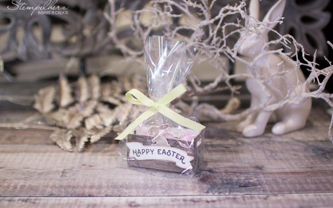 Holzkiste zu Ostern