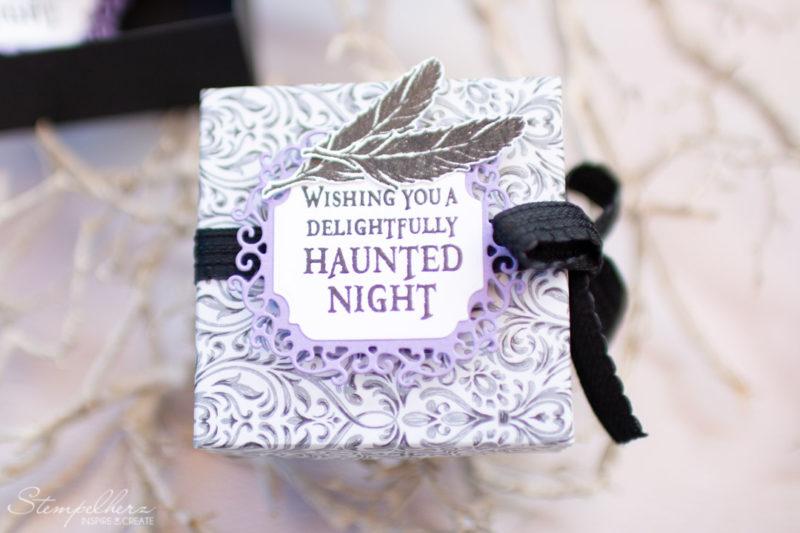 Halloweenbox mit dem Stempelset The Raven und den Stanzformen Zierrahmen von Stampin' Up!